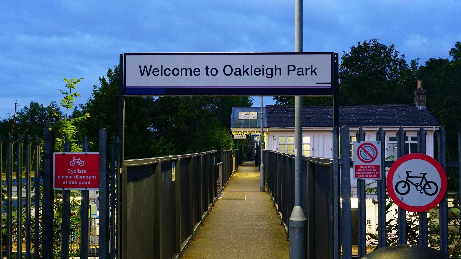 Oakleigh Park
